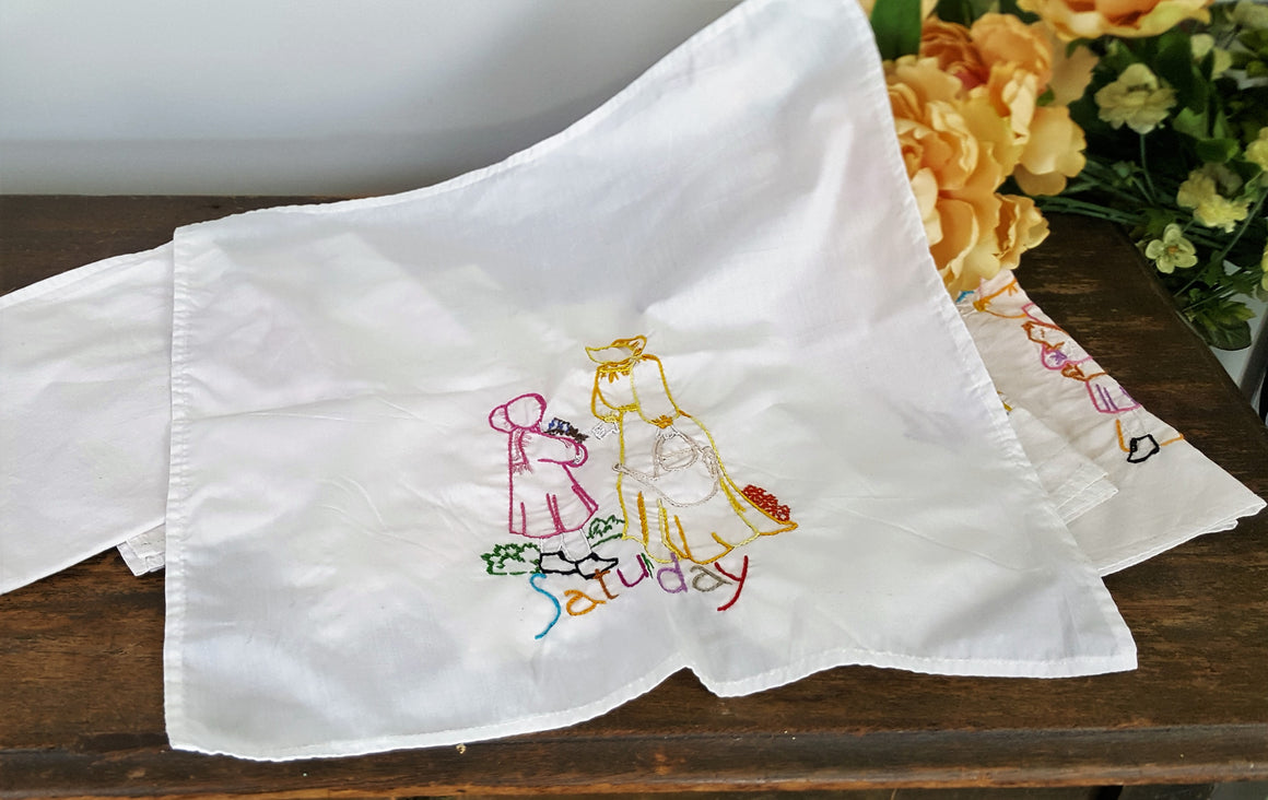 Vintage 1970s Set of Seven White Cotton Napkins Embroidered With the Days of The Week