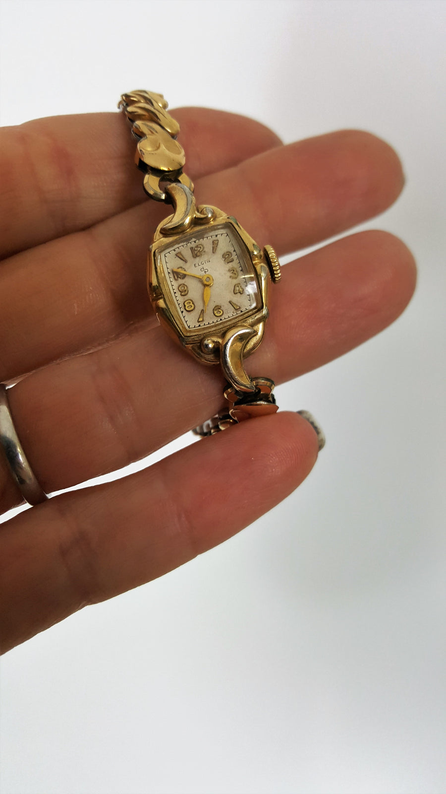 Vintage 1940s Ladies Elgin Watch, Working
