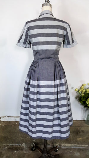 Vintage 1940s 1950s Gray Striped Shirtwaist Dress With Pockets
