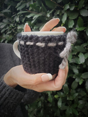Handknit Mug Cozy with Bow and Buttons, Prototype