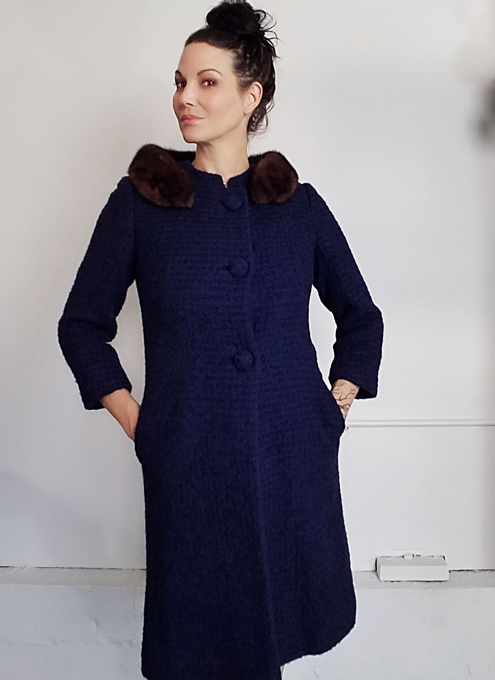 Vintage 1960s Navy Blue Wool Coat With Fur Collar