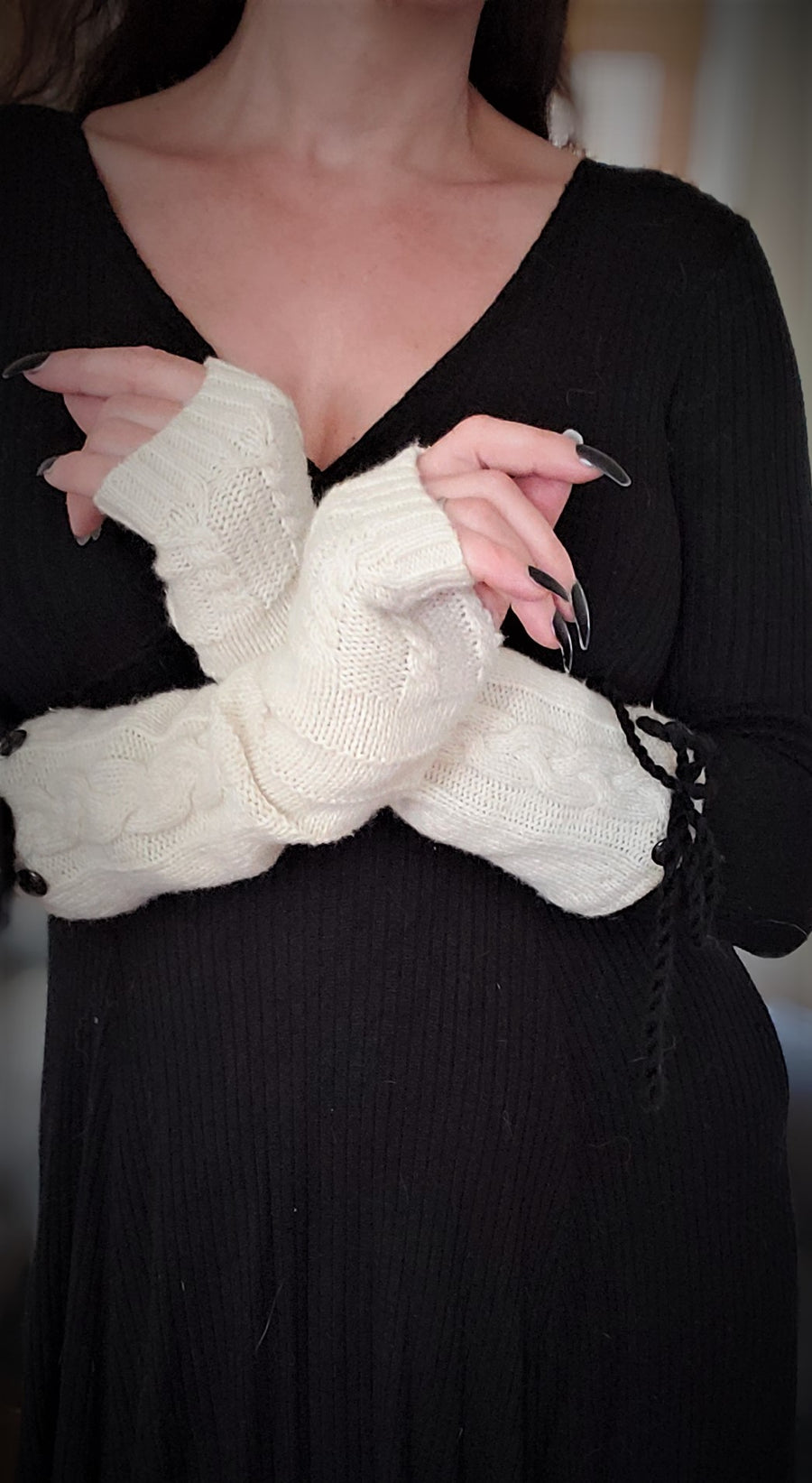 The Fisherman Knit Fingerless Gloves