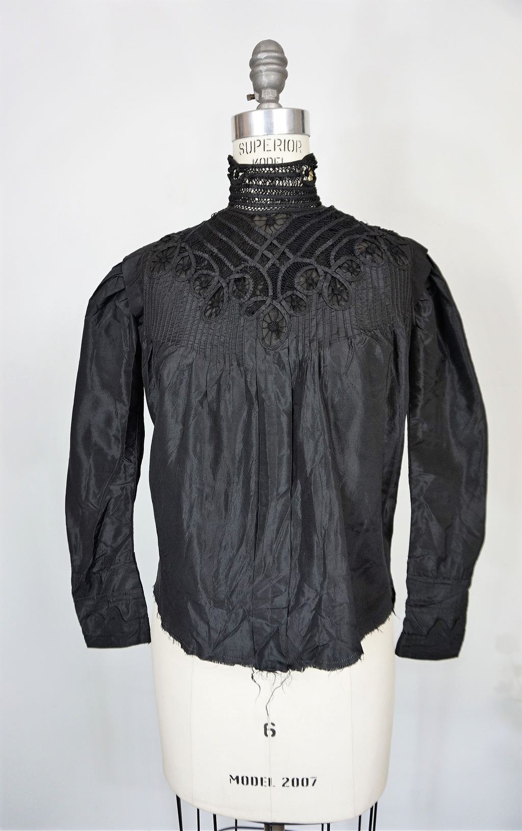 Vintage Antique 1800s 1900s Victorian Blouse In Black Silk