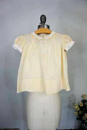 Vintage 1950s Baby Girls Dress With Peter Pan Collar