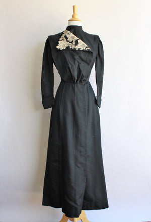 Antique 1900s Edwardian Mourning Dress