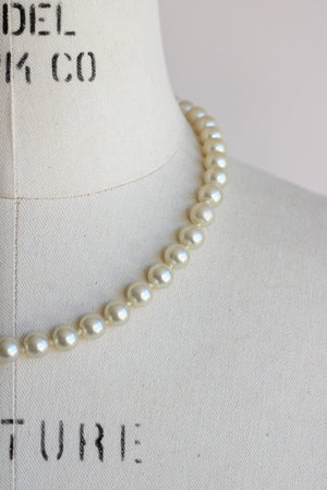 Vintage 1960s 18 Inch Faux Pearl Necklace