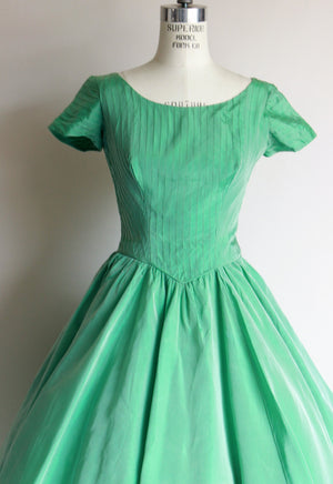 Vintage 1950s Green Taffeta Dress