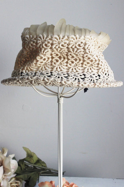 Vintage 1930s 1940s Women's Hat With Soutache And Chiffon