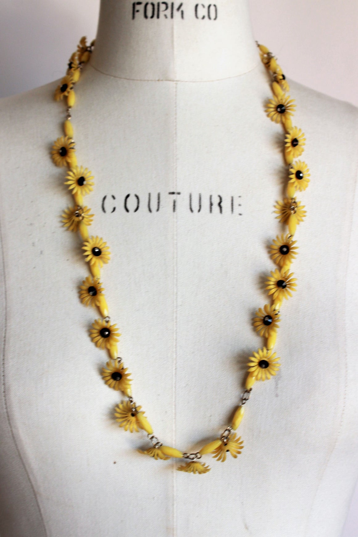 Vintage 1960s Sunflower Necklace