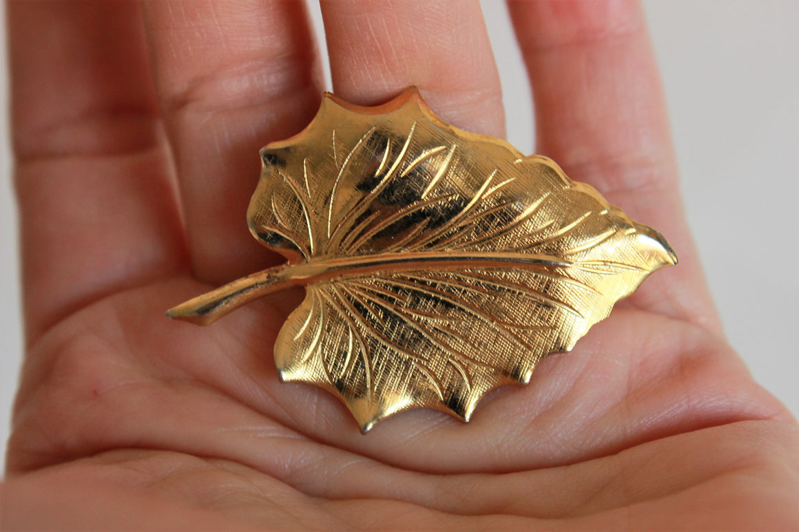 Vintage Gold Leaf Brooch