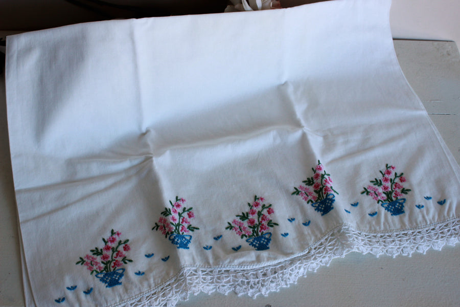 Vintage 1950s 1960s Pillow Case with Crossstitch Flowers