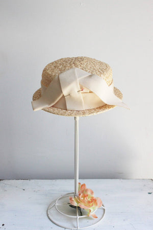 Vintage 1950s Straw Hat with Ivory Grosgrain Ribbon Trim and Hat Pin