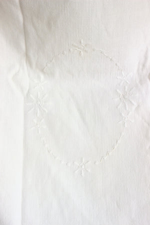 Vintage 1940s Embroidered Cotton Towell