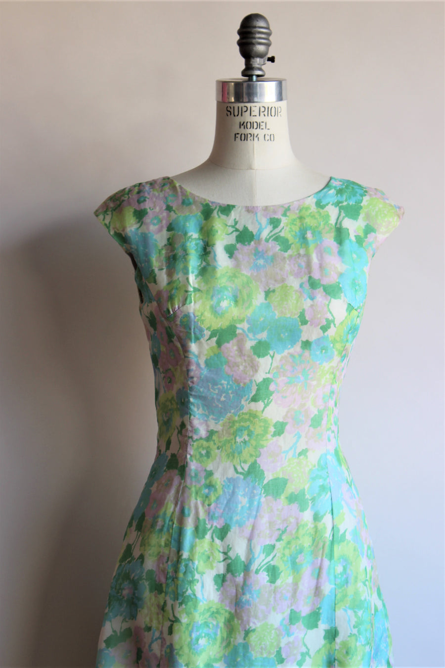 Vintage 1960s Floral Print Dress With Ruffle Hem