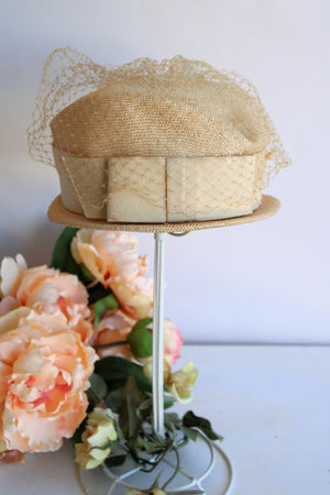 Vintage 1950s Straw Cloche Hat with Veil and Bow