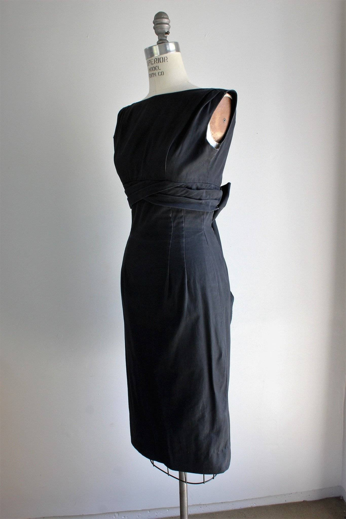 Vintage 1950s or 1960s Black Cotton Faille Dress