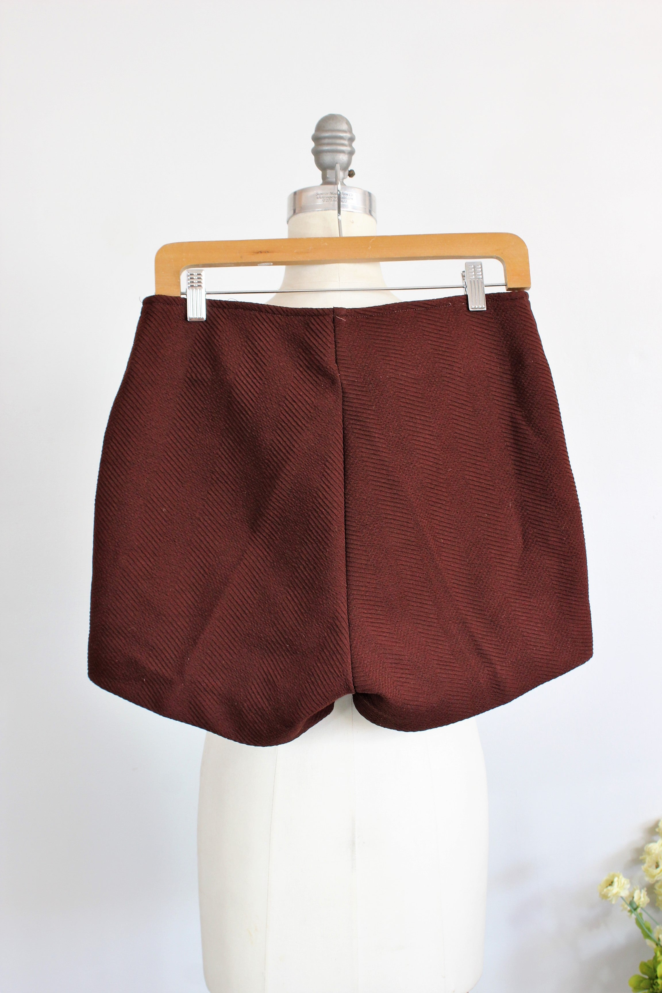 Vintage 1970s Brown Shorts by Hada