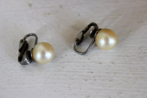 Vintage 1950s Faux Pearl Earrings Clip On