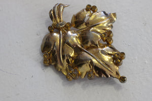 Vintage 1950s Gold Leaf Brooch
