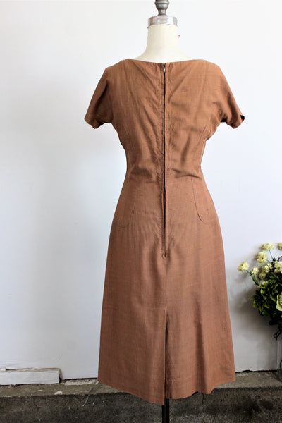 Vintage 1940s Day Dress With Pockets / Rayon Leaf Print