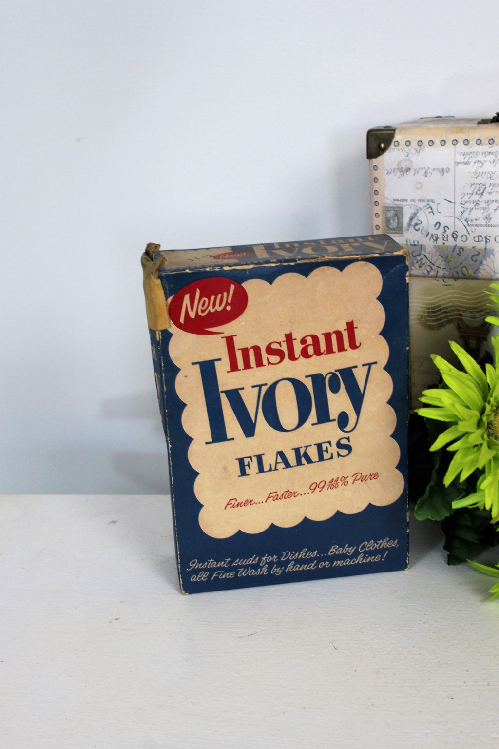 Vintage 1940s Instant Ivory Flakes Soap Box, Still 3/4 Full