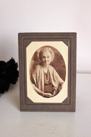 Vintage 1920s Photograph / Black And White Sepia Portrait Photo of A Lady