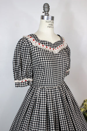 Vintage 1950s Fit and Flare Gingham Dress