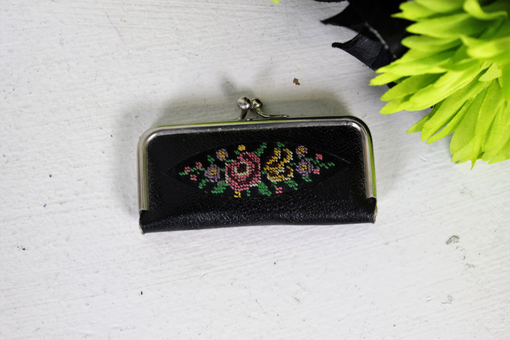 Vintage 1940s 1950s Black Tapestry Manicure Kit Made in Germany / Leather And Needlepoint Petit Point Travel Toiletry Set / Floral Flowers