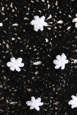 Vintaage 1980s Black Crochet Sweater With Daisies