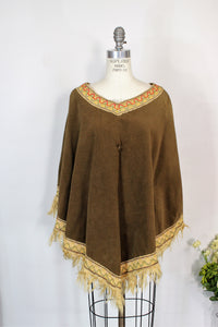 Vintage 1960s Brown Velvet Poncho Hollywood Costume From Warner Brothers