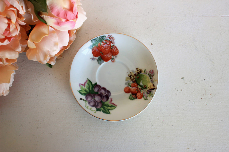 Vintage 1950s Fruit and Berry Tea Saucer