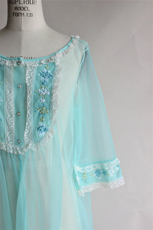 Vintage 1960s Blue Peignoir Robe with Lace Trim