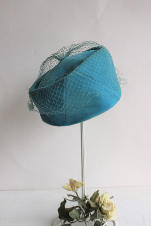 Vintage 1960s Blue Velvet Pillbox Hat