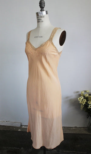 Vintage 1930s 1940s Blush Nightgown Or Slip