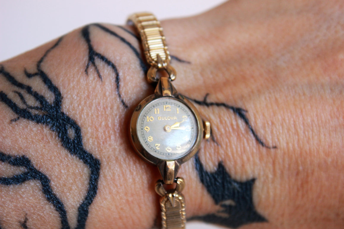 Vintage 1940s Bulova Ladies Wrist Watch