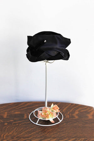 Vintage 1960s Black Velvet Pillbox Hat