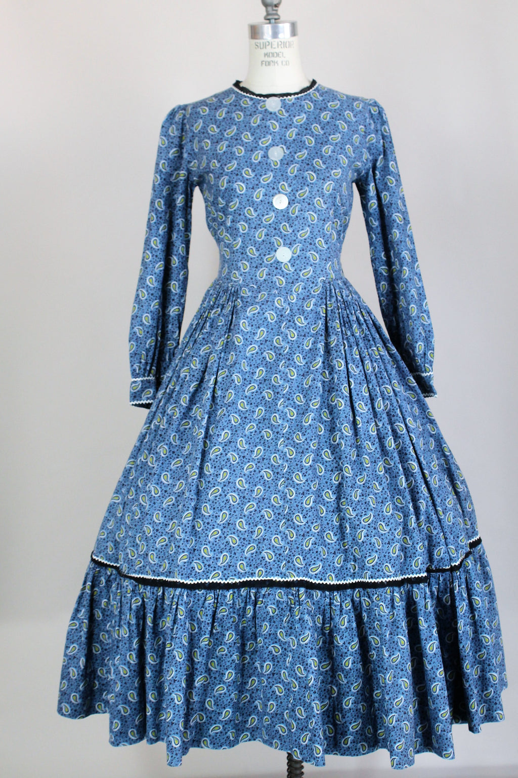 Vintage 1950s Blue Paisley Calico Cotton Fit and Flare Dress