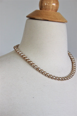Vintage 1960s Faux Pearl Choker Necklace 18 Inch