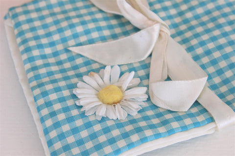 Vintage 1950s 1960s Handkerchief Bag / Gingham