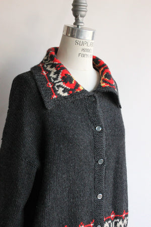 Vintage 1950s ish Nordic Sweater in Gray with Red and Yellow
