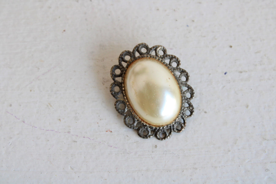 Vintage Faux Pearl Cameo Brooch