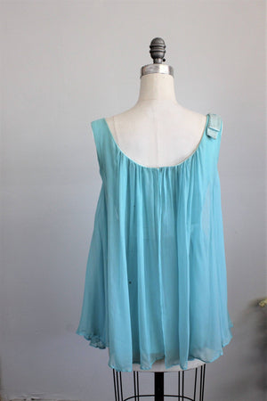 CLEARANCE: Vintage 1960s Robins Egg Blue Flowy Blouse