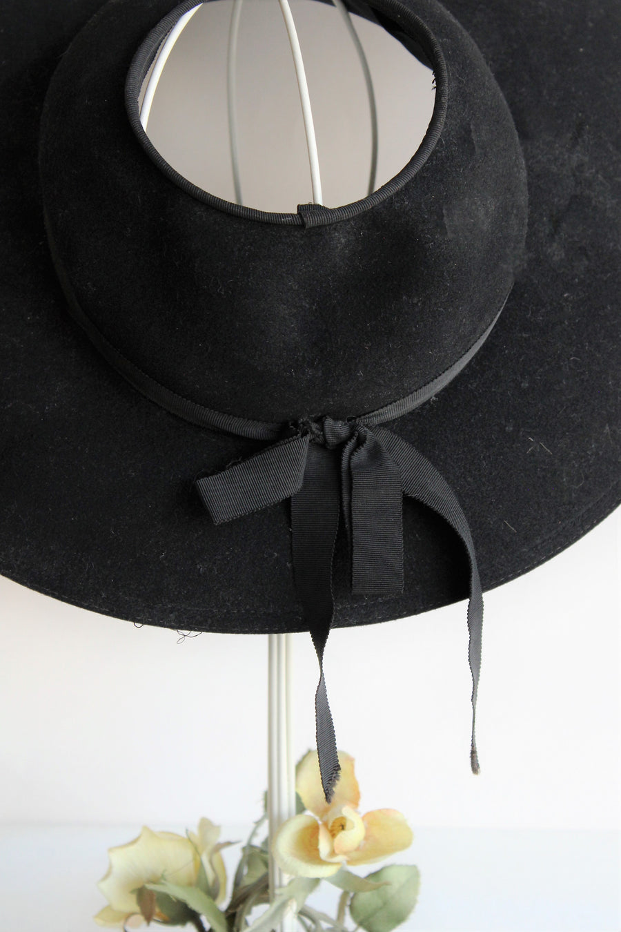 Vintage 1940s 1950s Wide Brimmed Black Hat with Open Crown by Merrimac