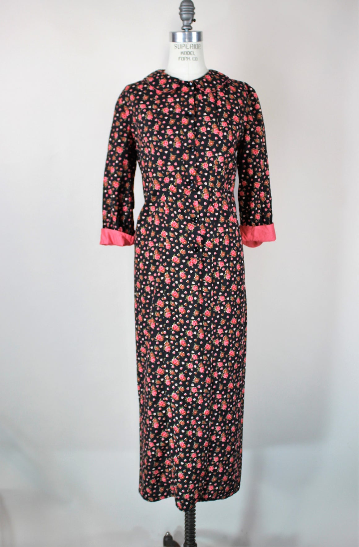 Vintage 1960s 1970s Maxidress With Peter Pan Collar