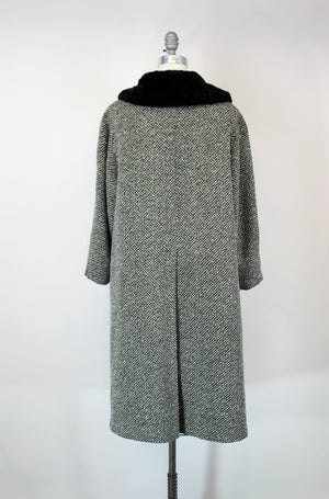 Vintage 1950s Bergdorf Goodman Black and White Tweed Wool Overcoat With Faux Fur Collar