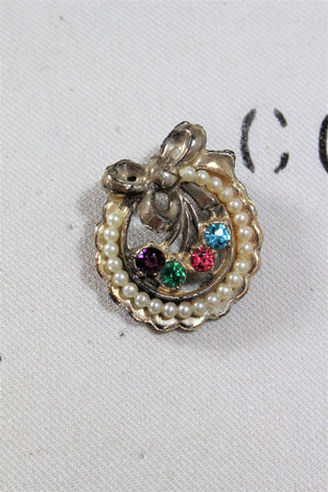 Vintage Brooch In Gold Tone With Rainbow Rhinestones And Faux Pearls