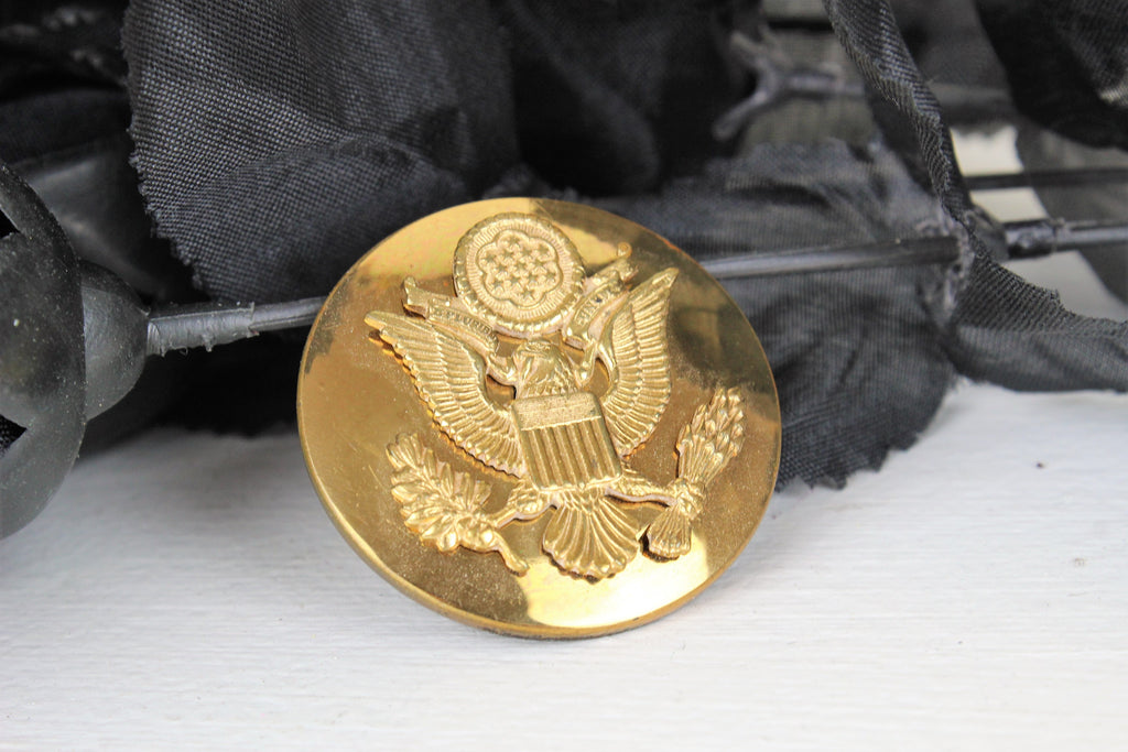 Vintage 1940s World War Two Army Air Force Eagle Insignia Pin