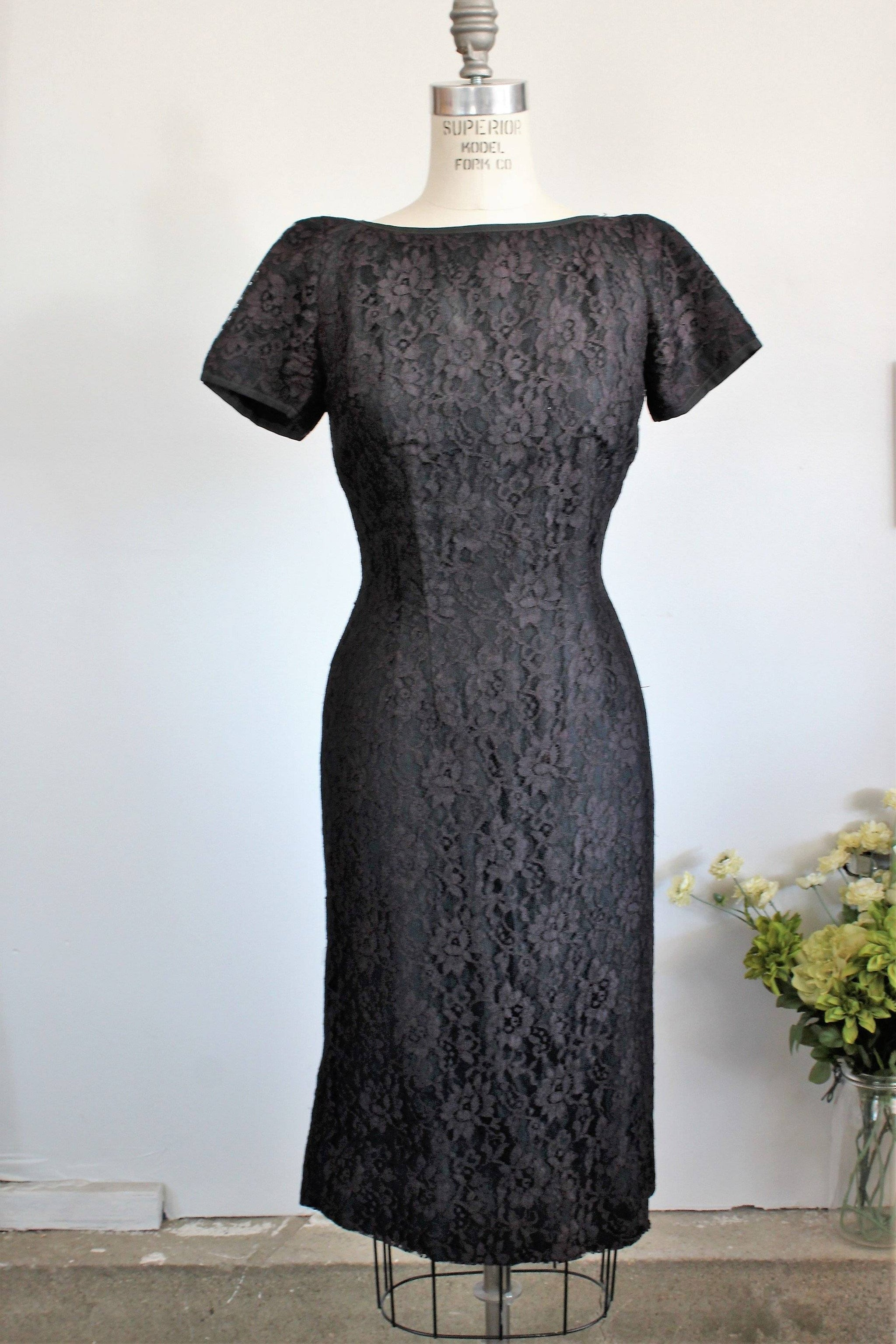 2981d4efd87 Vintage 1950s Black Lace Wiggle Dress With Cap Sleeve