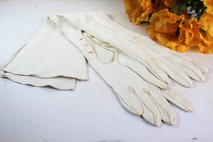 Vintage 1950s 1960s White Kid Leather Opera Gloves, French
