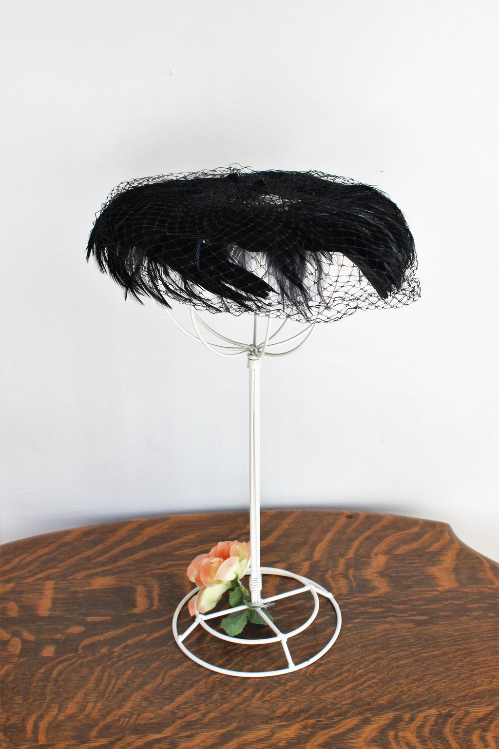 Vintage 1940s Black Feather Tilt Hat